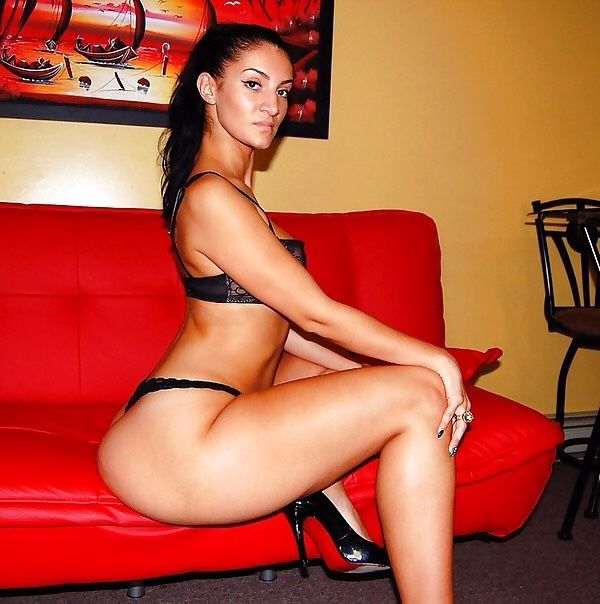 Divine naked rosee Recent rosee